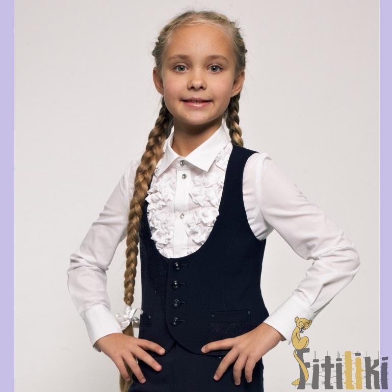 Вязанные спицами жилеты для девочек в школу 5